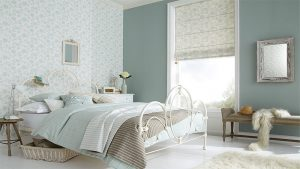 bedroom-roman-blinds