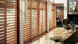 wood-blinds-windows